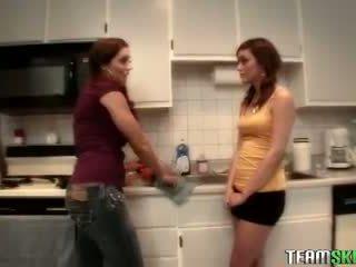 Teamskeet Brunette teens Melanie Rios Francesca Le lesbian lickin