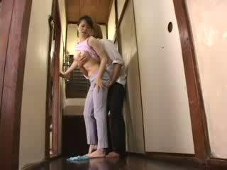 Japans geil jongen attacked zijn stiefmoeder video-