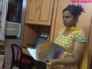 Ερασιτεχνικό ινδικό babes lily σεξ