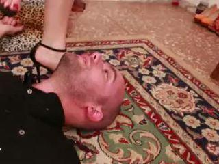 Unp033-lethal trick- headscissor dominación esclava man- preview 01