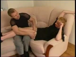 Mature russe chaud auntie avec garçon