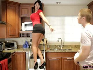คุณแม่ สั่งสอน เพศ - เธอ boyfriend jizzed บน เธอ คุณแม่ นม