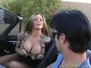 Mom aku wis dhemen jancok bukkake in a muscle mobil!