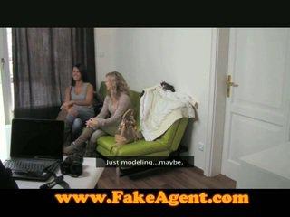 The fake agent gets 2 pre the cena na 1