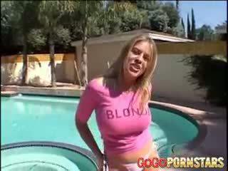 Bystiga blondie porn daphne rosen teasing oss med henne stor