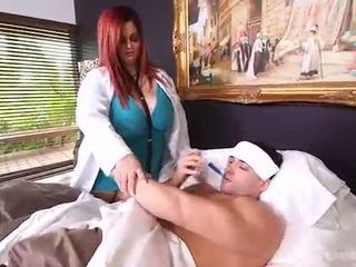 Με πλούσιο στήθος bbw γιατρός sashaa βυζιά μάρκες σπίτι calls