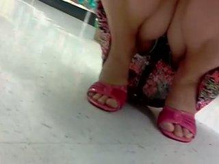 Upskirt At Supermarket