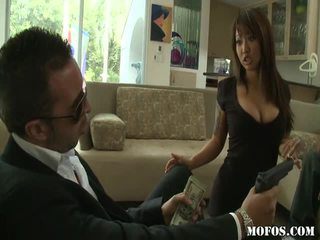 Ázijské porno female tastes the vec