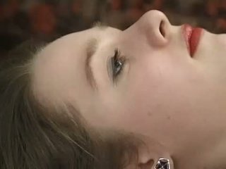 Blass teen im schnürsenkel schwarz undies gets sie haarig bieber fingered