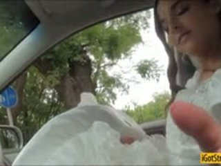 Runaway наречена amirah adara pounded з stranger в a машина