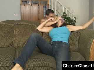 Charlee chase gebonden tickled en voet geneukt!