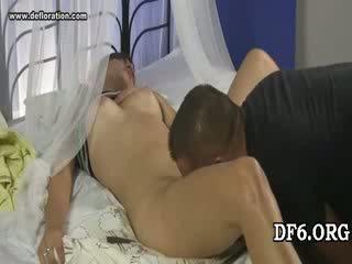 Virgin tries tema 1st dong
