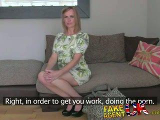Fakeagentuk unexpected sexo a três surpresa a partir de a trair esposa