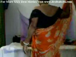 India küla aunty keppimine koos nieghbour peon