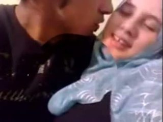 Başlangyç dubai künti hijab gyz fucked at home - desiscandal.xyz