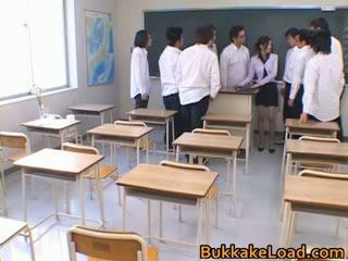 कॉलेज, जापानी, विदेशी