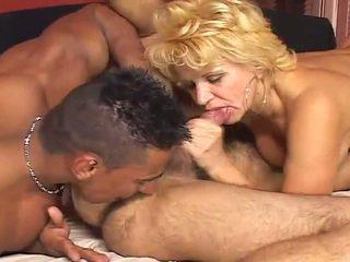 I madh biseksuale porno skenë
