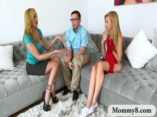 في سن المراهقة alexa grace و مفلس الخطوة أمي julia ann مجموعة من ثلاثة أشخاص عمل