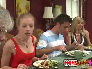 Moms bang εφηβική ηλικία [10]