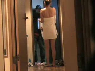 Japonesa esposa answers puerta desnudo 2