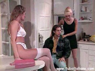 Italia mom aku wis dhemen jancok kacamata telungsawetara troia