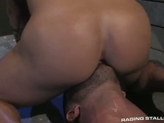 Adam killian & tyler wolf: muscle men fucking