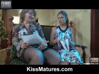 Flo&alana pussyloving māte onto video