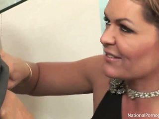 moms and boys, cougars, older women