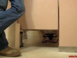Ванна кімната bangin (modern заборона сім'я) <span class=duration>- 17 min</span>