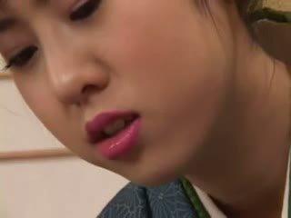 Chinatsu nakano - 23 yo יפני geisha נערה