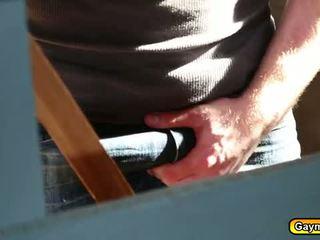 Molhada anal caralho gay sexo a três