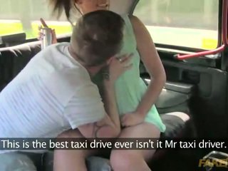 Couple gets frisky in a taxi in public