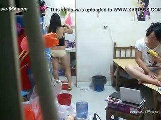 Peeping คนจีน มหาวิทยาลัย dormitory และ bathroom.2