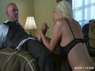 Gratis grande teta rubia en salvaje sexo acción