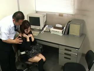 brunetta, giapponese, voyeur