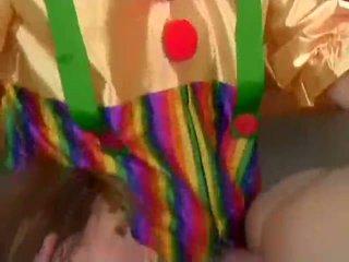 Julia ashton analized von clowns