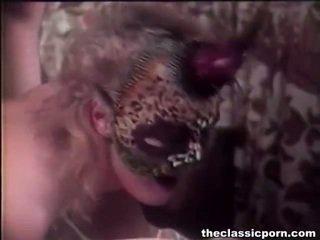 Μέλι μέσα μάσκα giving bang joy