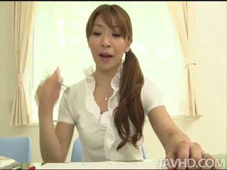 Fetichista asiática toyed ella misma