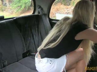 Australiana turista gets en un fraud taxi