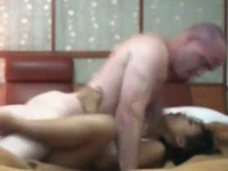 インドネシアの メイド having 最初の 時間 セックス とともに 白 コック