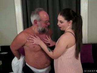 Angelina brill fucks an cũ gentleman