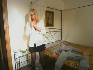 blondes, ibu-ibu dan boys, tegar