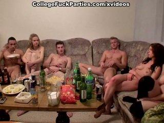 Ceko students staged an pesta liar di itu pesta