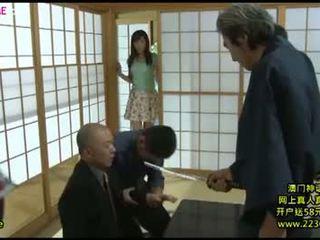 Ιαπωνικό μεγάλος σύζυγος καυλωμένος/η γαμήσι από συμμορία 8