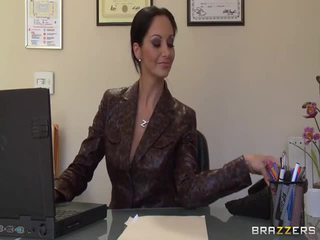Stor titted secretaries pics