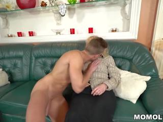 Old Blonde Mom: Free Old Mom HD Porn Video ce