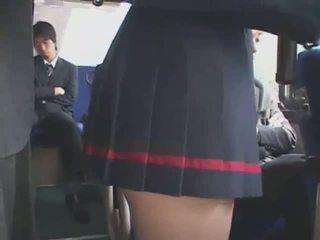 Hapon apuhapin bus paulit-ulit na pagpapalabas