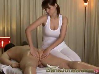 Danejones hd seksikas massaaž pärit armas rinnakas brünett naine