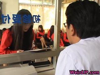 Asiatisch mädchen getting ein amoral sex