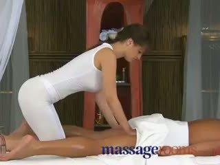 Rita peach - masazh rooms i madh kokosh therapy nga masseuse me i madh cica